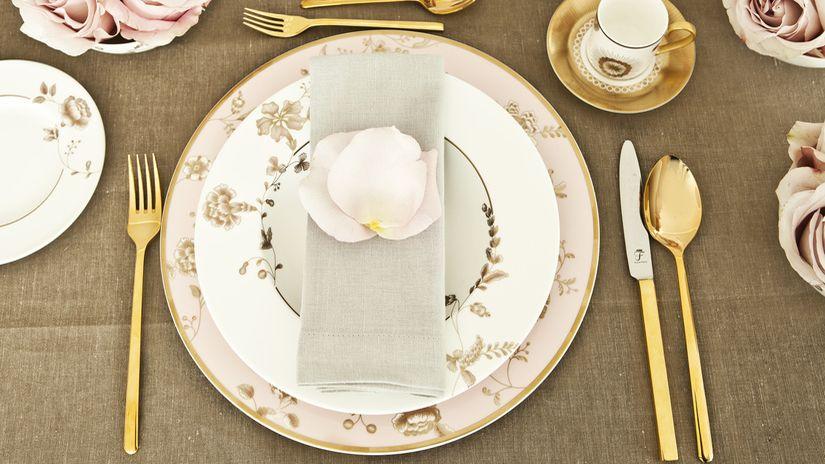 poner la mesa de estilo romantico