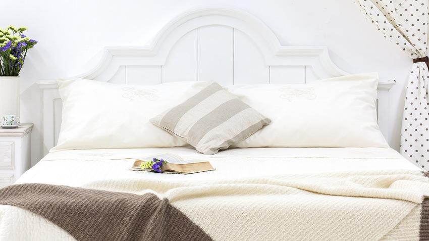 mantas de lana blancas
