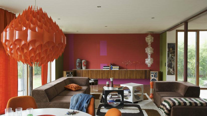 salones grandes coloridos