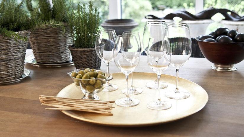 copas de vino, aperitivo, bandeja, casa
