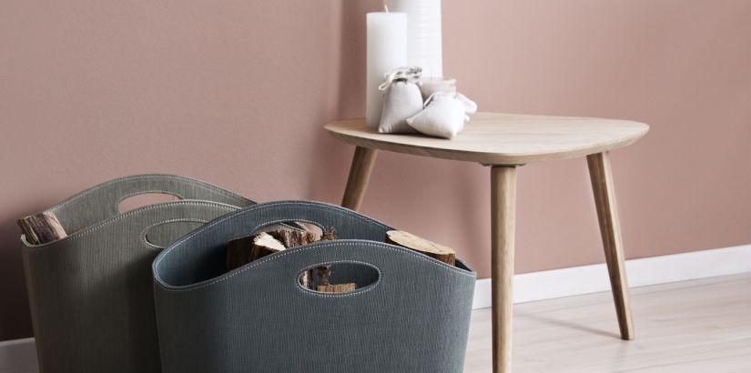 Petite table scandinave en bois