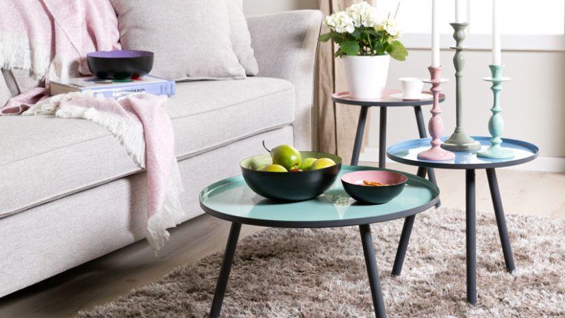 Table basse ronde et bleue