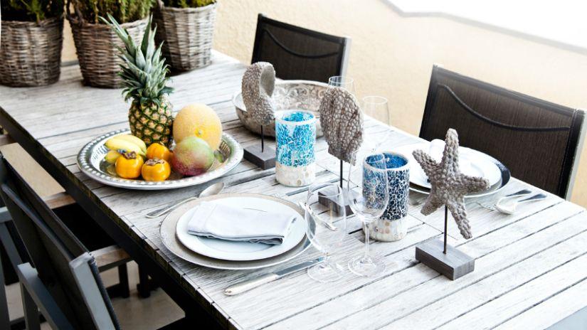 Table de jardin de style maritime
