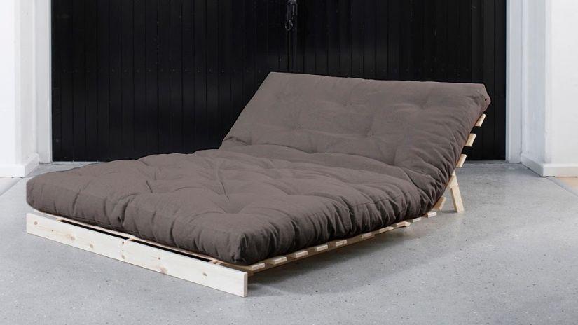 lit pliant lit pratique pour vos invit s westwing. Black Bedroom Furniture Sets. Home Design Ideas