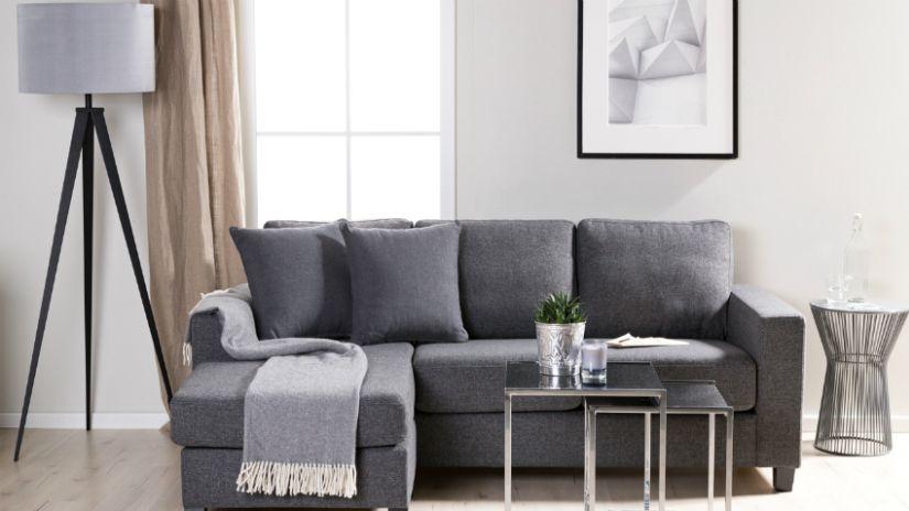 Jeté de canapé gris à franges