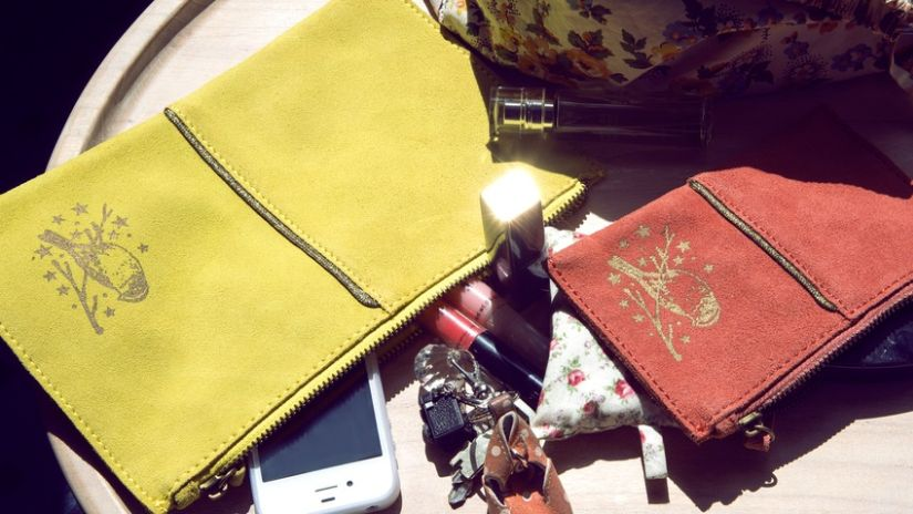 Trousse de maquillage jaune et orange