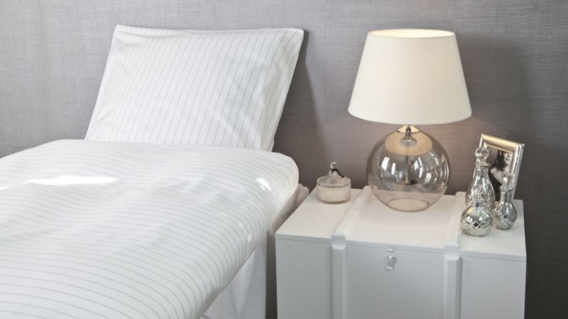 drap, drap blanc, joli drap, chambre à coucher, lampe de chevet