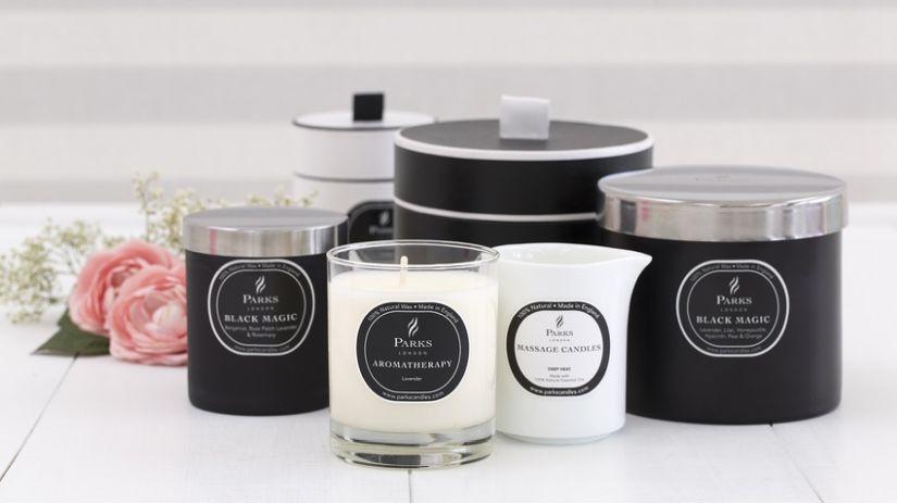 Bougies parfumées blanches et noires
