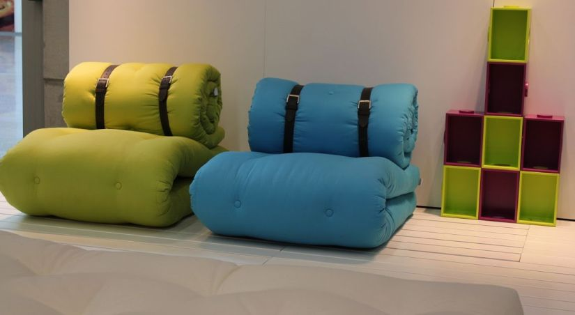 matelas a rouler. Black Bedroom Furniture Sets. Home Design Ideas