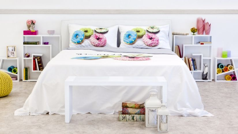 table de chevet design blanche