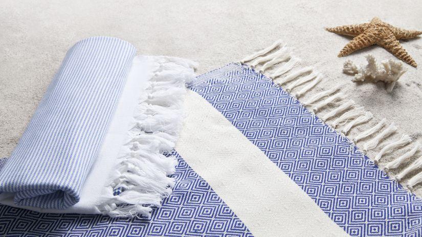 fouta rayé bleu et  blanc