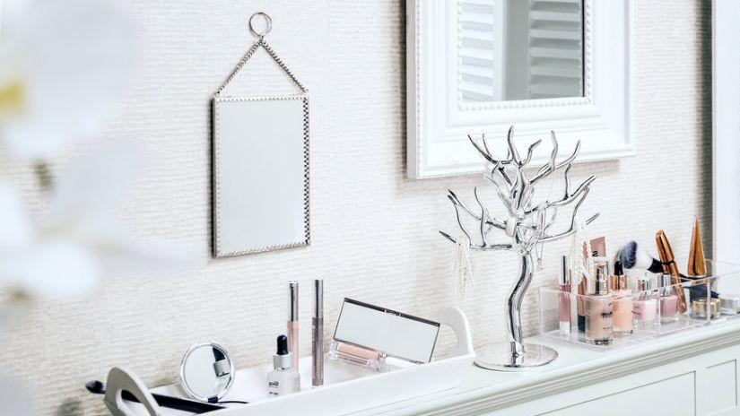 miroir de maquillage, miroir lumineux de maquillage, esprit boudoir