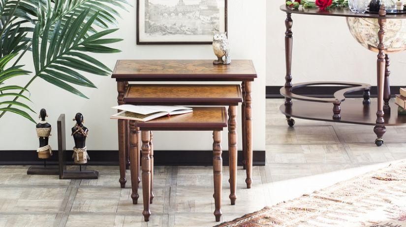 3 tables gigogne en bois