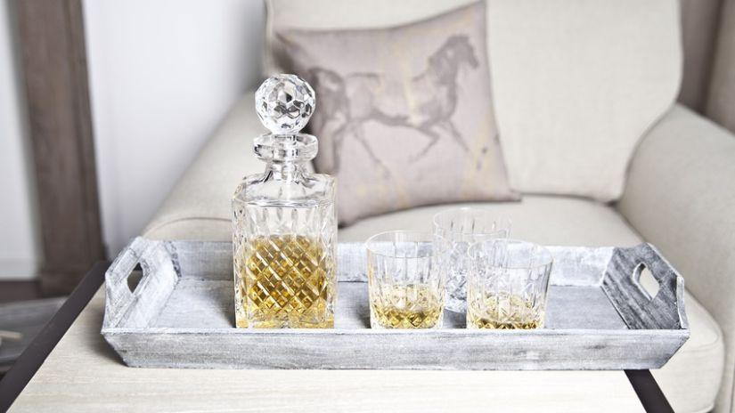 Carafe à vin design en cristal