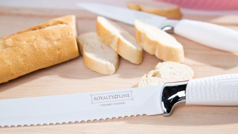 Couteau à pain professionnel sur une table