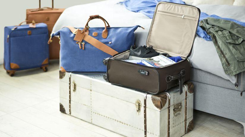 Valise en cuir blanc