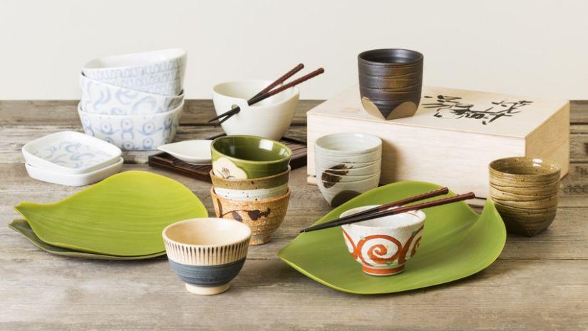 Assiette japonaise verte design et moderne