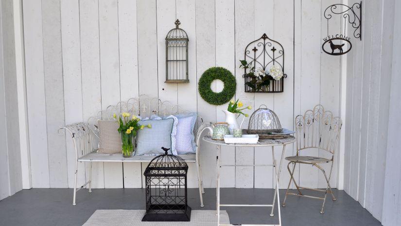 Petite cage décorative en fer forgé