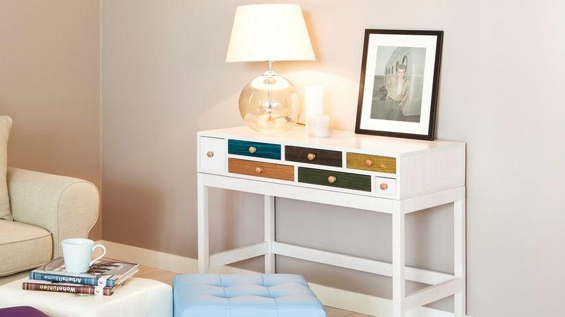 console haute, meuble scandinave, lampe de salon