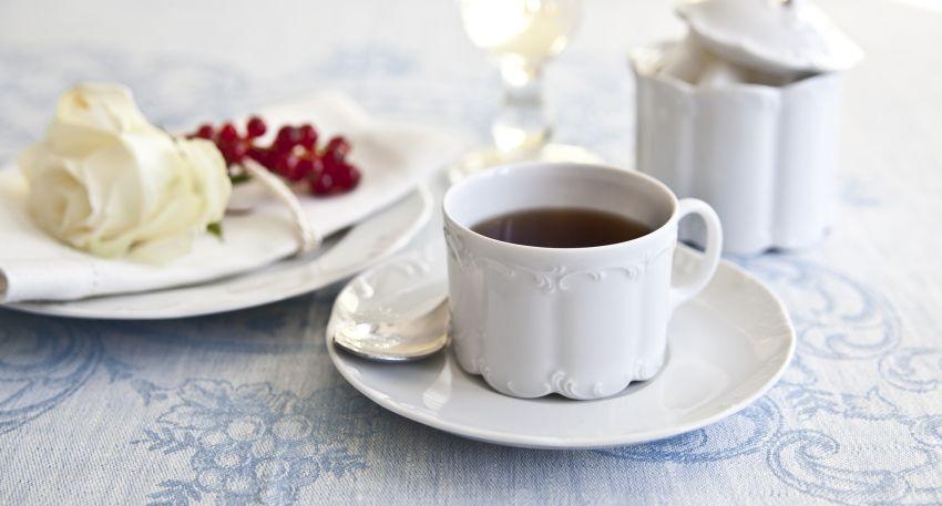 service à thé et pince à sucre