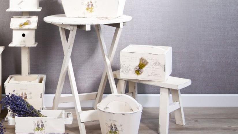tabouret de jardin, tabouret blanc, tabouret en bois, tabouret pour jardinage