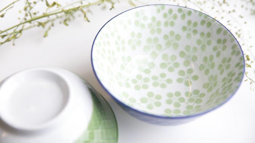 Joli bol vert et blanc