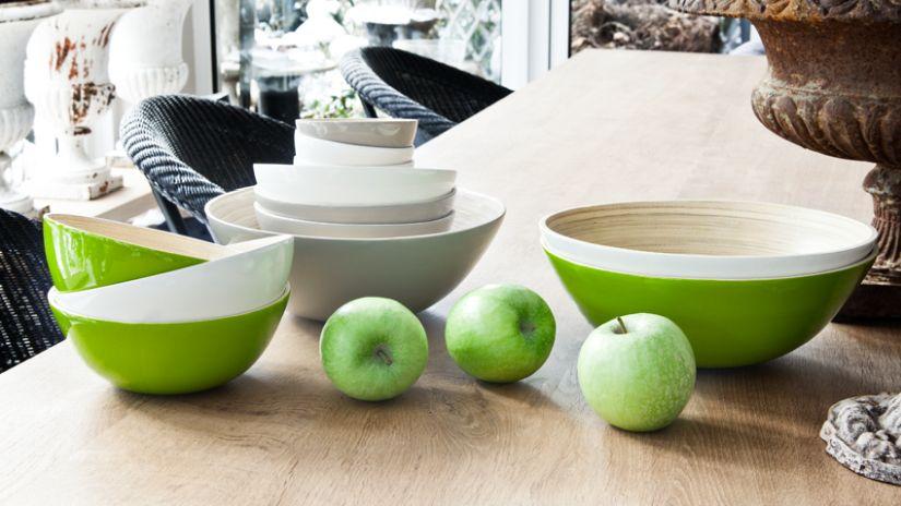 Grand bol vert pomme avec rebord blanc