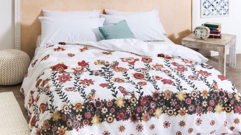 Linge de lit à fleurs