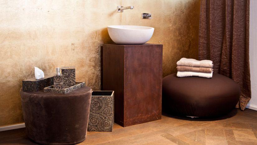 Poubelle de salle de bain de style ethnique