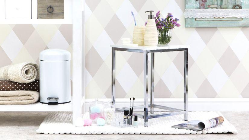 Poubelle de salle de bain en métal blanc