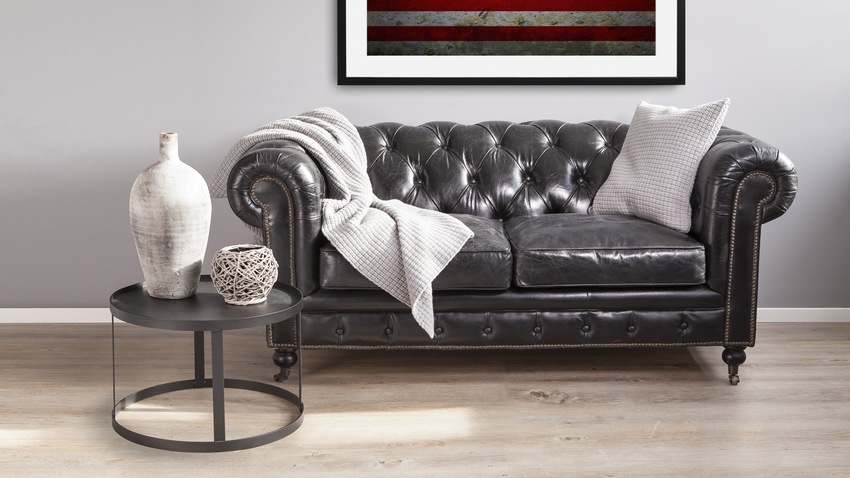 Canap chesterfield ventes priv es westwing for Canape chesterfield cuir noir