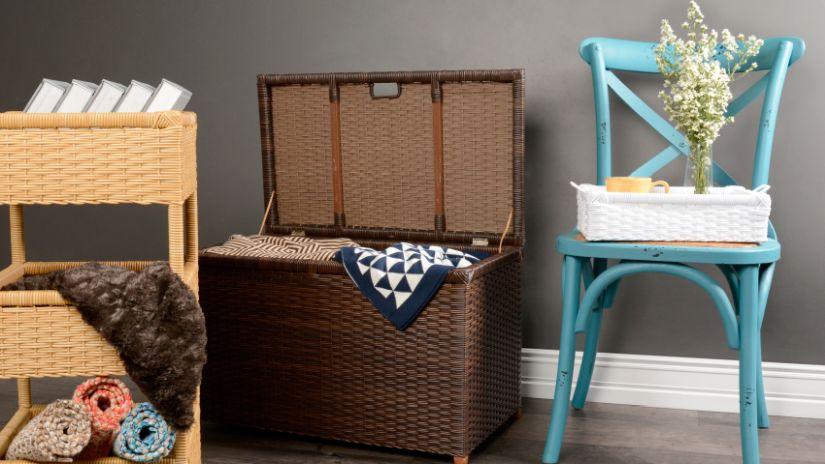 Chaise bleu turquoise en bois