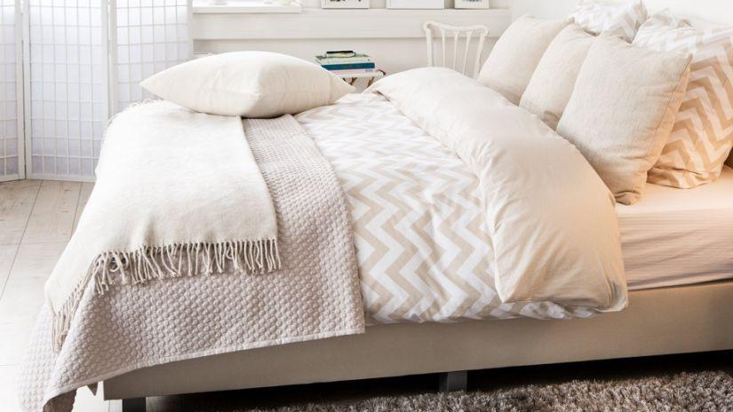 Couvre lit blanc de qualit petit prix westwing - Quelle couette pour un lit de 180x200 ...