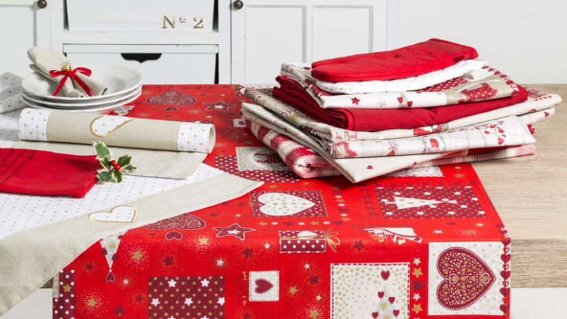 nappe rouge modernit rime avec beaut westwing. Black Bedroom Furniture Sets. Home Design Ideas