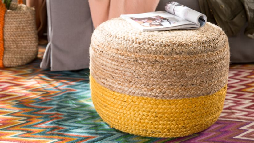 Pouf en osier orange