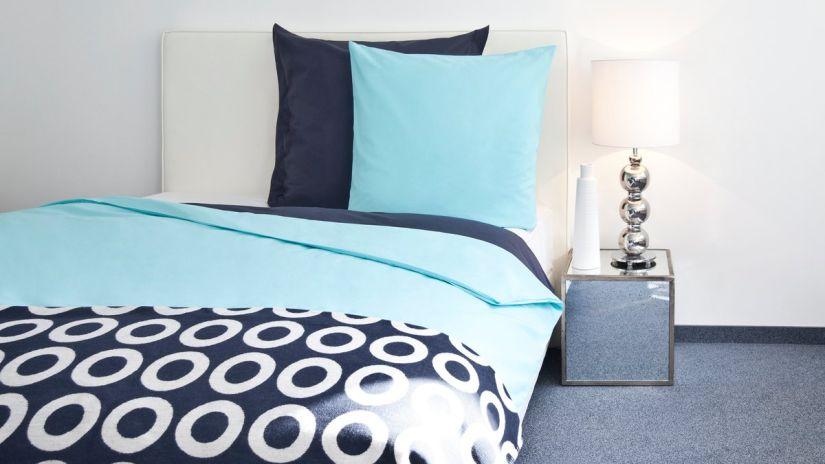 housse de couette bleue, housse de couette bleu nuit, parure de lit bleue