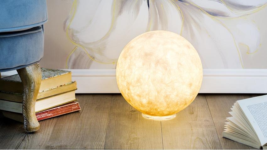 Lampe sans fil en forme de boule