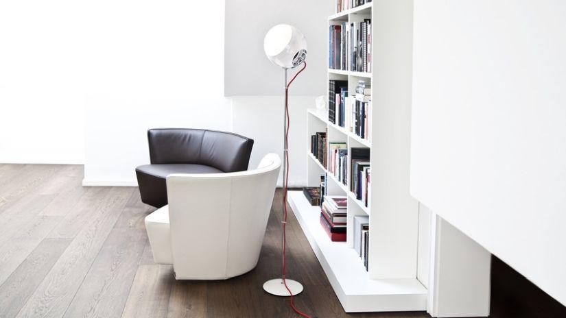 Lampe sur pied moderne
