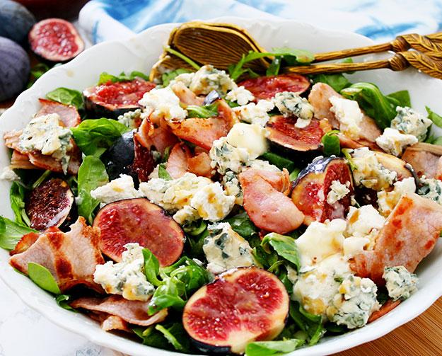 Salade d'automne aux figues et aux fromages
