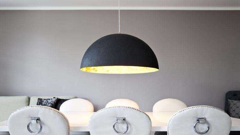 Lampe vintage suspension en métal noir