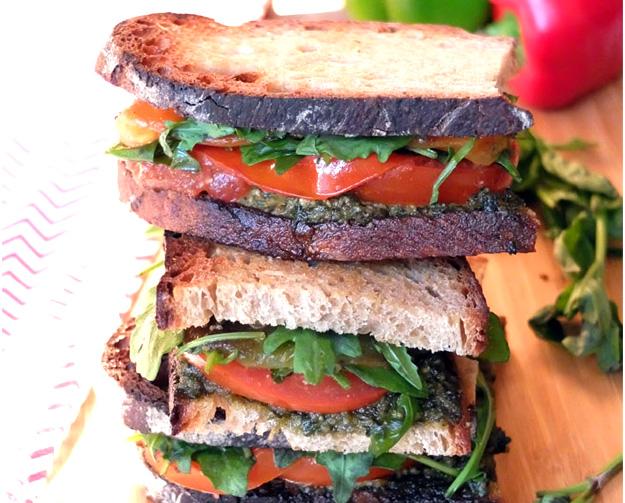 Sandwich-végétarien-façon-taktouka