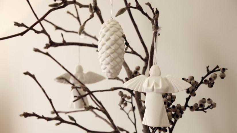 Boules de Noël blanches en forme d'ange