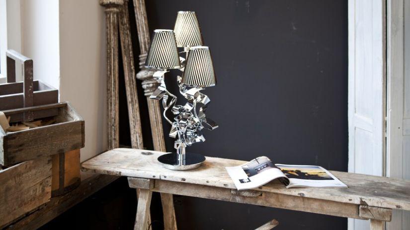 Lampe de bureau argentée design