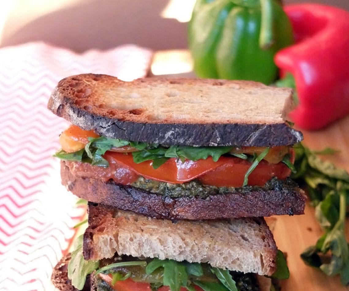Sandwich végétarien façon taktouka