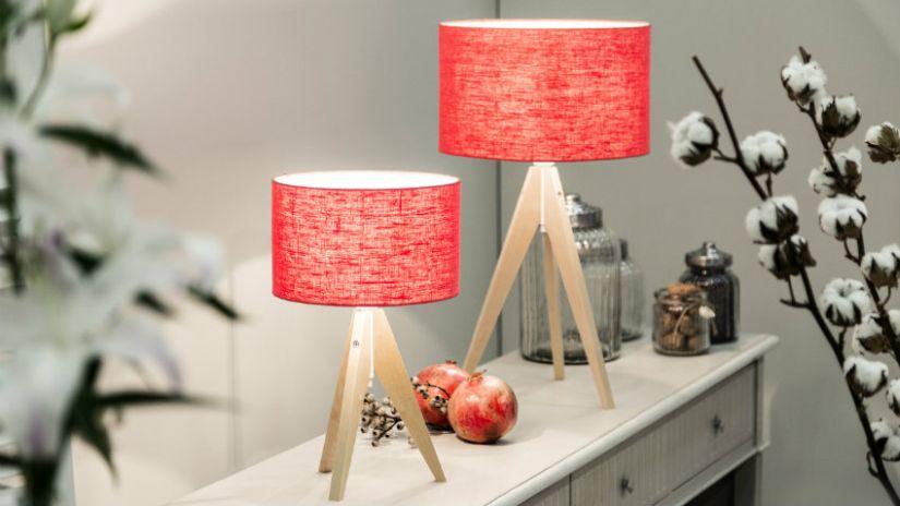 Lampes rouges de style scandi
