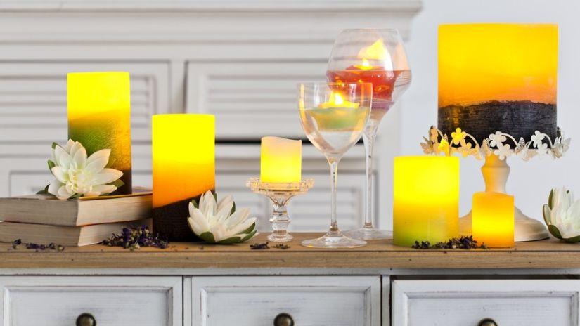 Grandes bougies jaunes