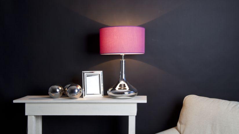 Lampe à poser rose framboise