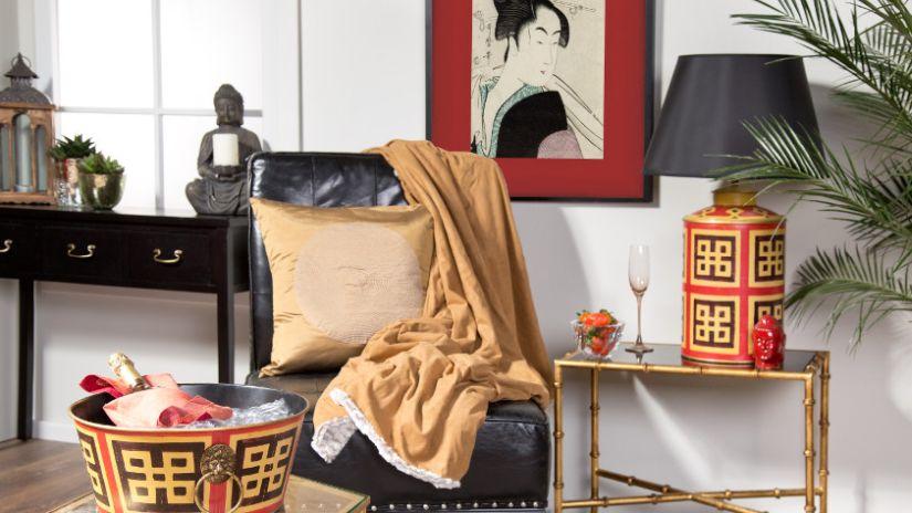 Lampe orientale rouge et dorée