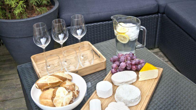 Table basse de jardin grise en plastique