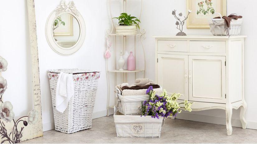 Commode de salle de bain blanche